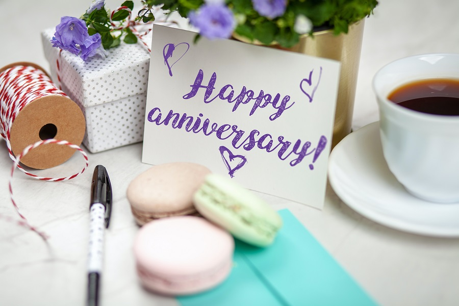 happy anniversary gift ideas